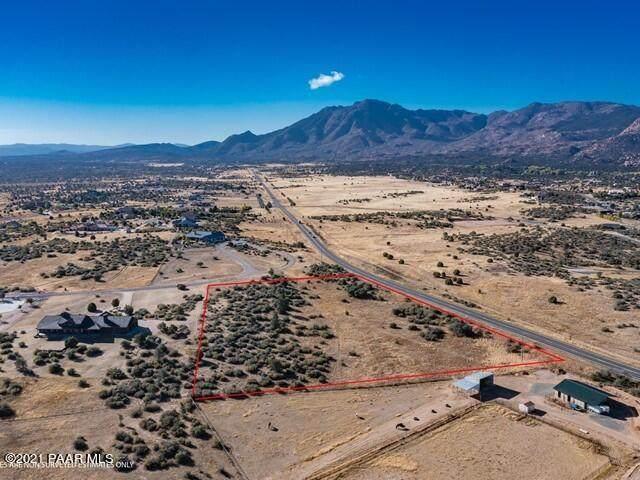 4260 W Chuckwalla Road, Prescott, AZ 86305 (MLS #1042986) :: Conway Real Estate
