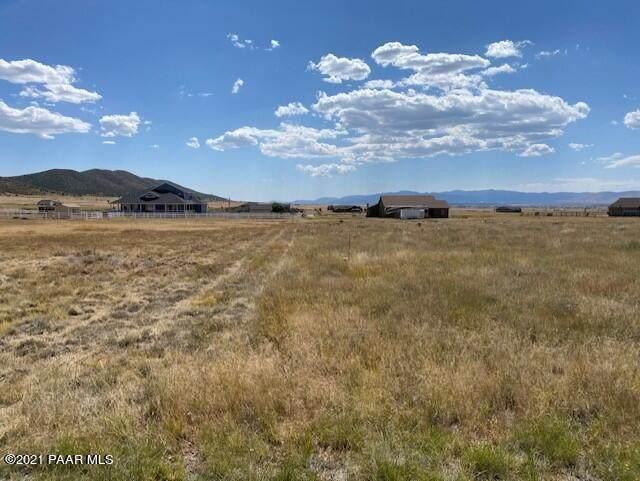 10591 E Claire Ridge Circle, Prescott Valley, AZ 86315 (#1043117) :: Shelly Watne