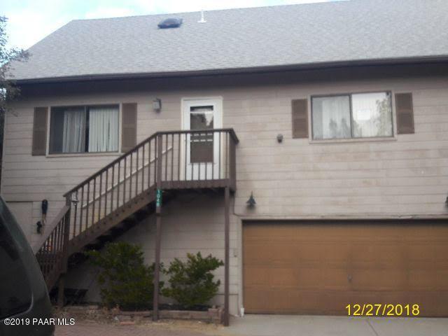 1048 S Apache Circle, Prescott, AZ 86303 (#1017726) :: HYLAND/SCHNEIDER TEAM