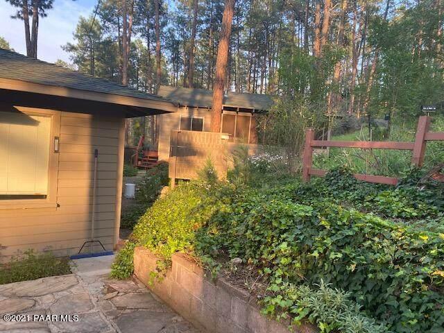 705 W Canyon Drive, Prescott, AZ 86303 (#1041439) :: Shelly Watne