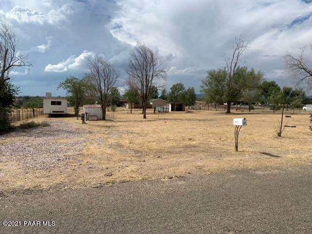 190 W Liana Drive, Chino Valley, AZ 86323 (#1041736) :: Shelly Watne