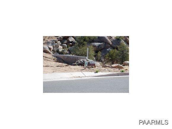 1320 W Westridge Drive W, Prescott, AZ 86305 (#970807) :: HYLAND/SCHNEIDER TEAM