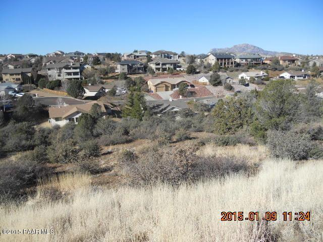 1558 Standing Eagle Drive, Prescott, AZ 86301 (#984331) :: The Kingsbury Group