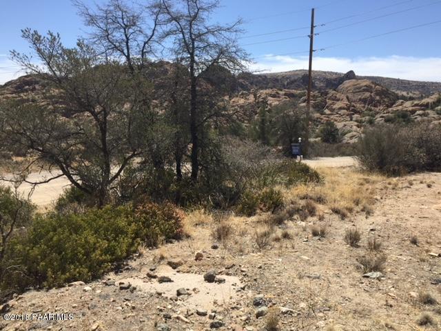 4542 N Granite Gardens Drive, Prescott, AZ 86301 (#1009619) :: HYLAND/SCHNEIDER TEAM