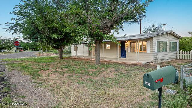 555 S Hopi Drive, Camp Verde, AZ 86322 (#1041594) :: Shelly Watne