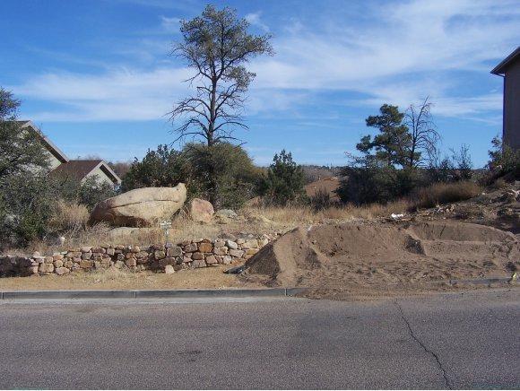 1661 Granite Springs Drive #5, Prescott, AZ 86305 (#962746) :: HYLAND/SCHNEIDER TEAM