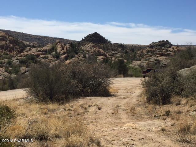 4524 N Granite Gardens Drive, Prescott, AZ 86301 (#1009613) :: HYLAND/SCHNEIDER TEAM