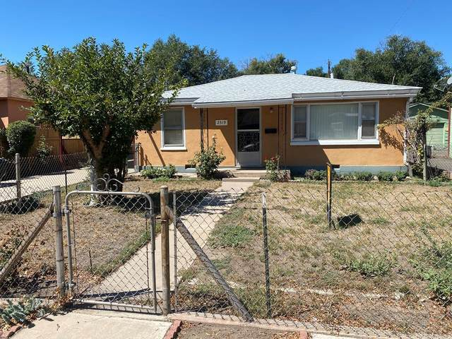 2519 Oakland Ave, Pueblo, CO 81004 (MLS #188296) :: The All Star Team