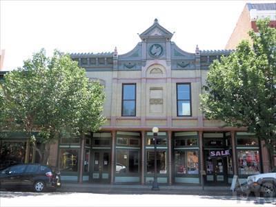226-228 Union Ave - Photo 1
