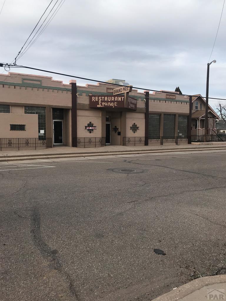 613-621 Mesa Ave - Photo 1