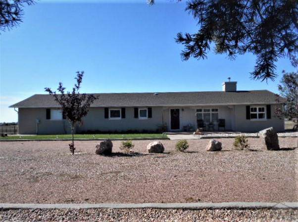 645 W Calle De Camelia Dr, Pueblo West, CO 81007 (MLS #182235) :: The All Star Team of Keller Williams Freedom Realty