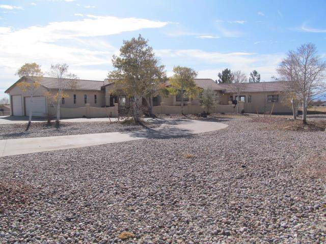 40 S Mcculloch Blvd W, Pueblo West, CO 81007 (MLS #183299) :: The All Star Team of Keller Williams Freedom Realty