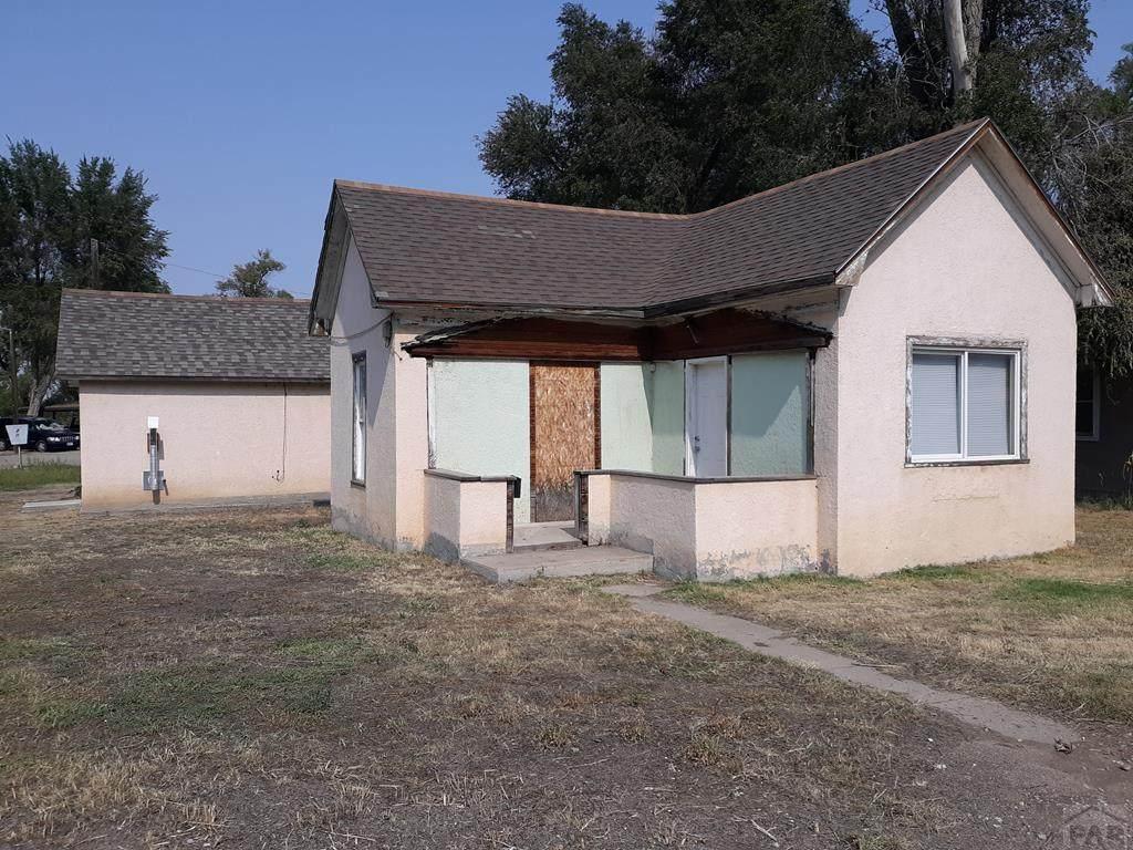 501 Swink Ave - Photo 1
