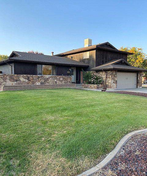 1 Mendecino Dr, Pueblo, CO 81005 (MLS #190181) :: The All Star Team