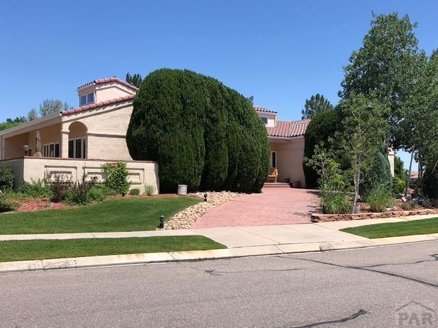 4307 St Andrews Dr, Pueblo, CO 81001 (MLS #181385) :: The All Star Team of Keller Williams Freedom Realty