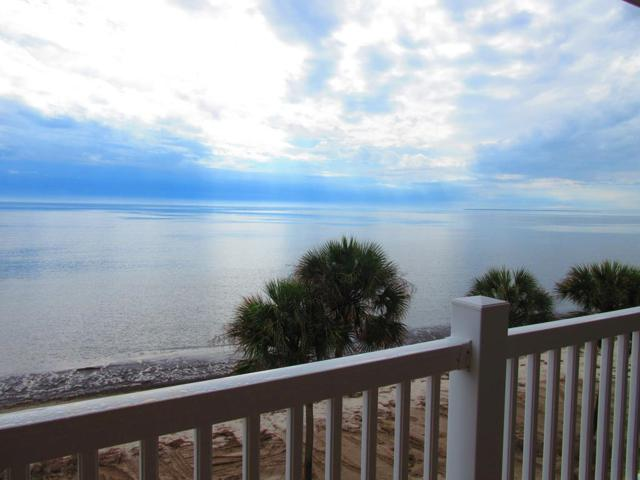 3186 Hwy  98 F8, CARRABELLE, FL 32322 (MLS #300217) :: Berkshire Hathaway HomeServices Beach Properties of Florida