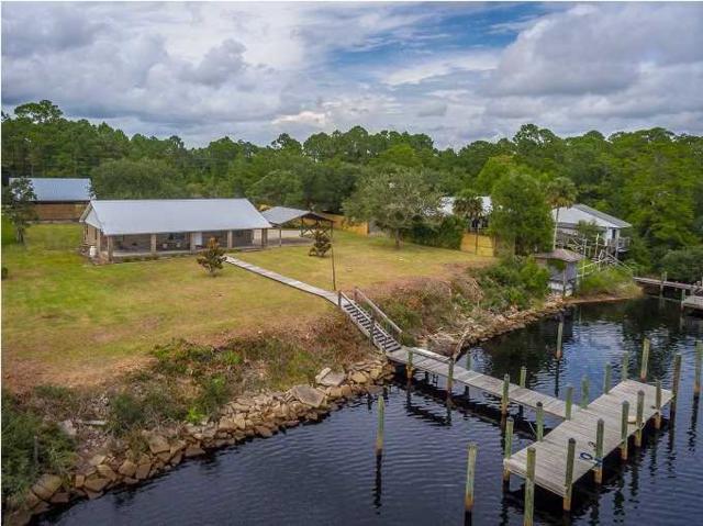 393 River Rd, CARRABELLE, FL 32322 (MLS #300623) :: Coastal Realty Group