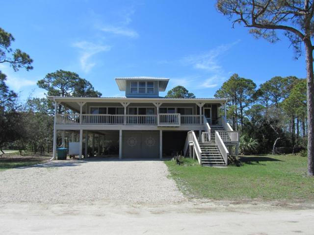 801 W Bayshore Dr, ST. GEORGE ISLAND, FL 32328 (MLS #300999) :: CENTURY 21 Coast Properties