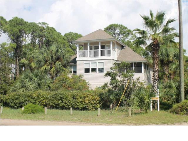 220 East 6Th St., ST. GEORGE ISLAND, FL 32328 (MLS #301393) :: Coastal Realty Group