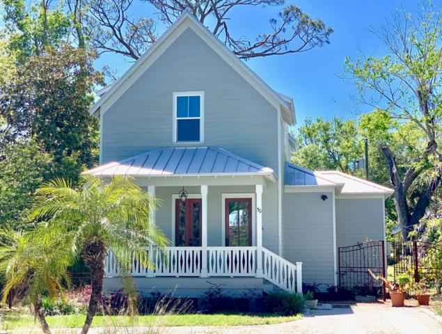 50 7TH ST, APALACHICOLA, FL 32320 (MLS #301935) :: Berkshire Hathaway HomeServices Beach Properties of Florida