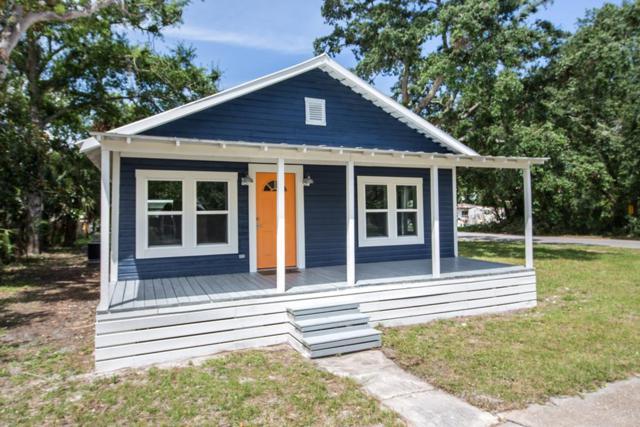201 12TH ST, APALACHICOLA, FL 32320 (MLS #302016) :: Berkshire Hathaway HomeServices Beach Properties of Florida