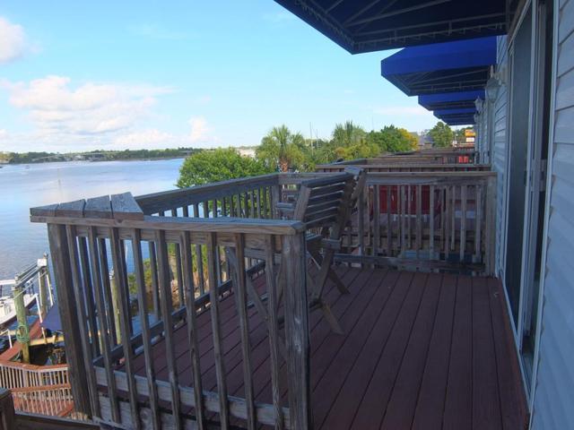 401 St. James Ave #4, CARRABELLE, FL 32322 (MLS #302017) :: Coastal Realty Group