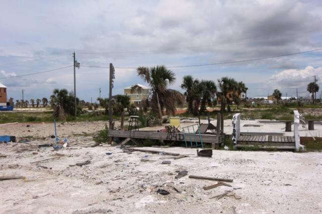 104 32ND ST S D, MEXICO BEACH, FL 32456 (MLS #302087) :: Berkshire Hathaway HomeServices Beach Properties of Florida