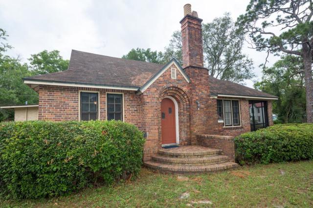 196 Ave C, APALACHICOLA, FL 32320 (MLS #302180) :: Berkshire Hathaway HomeServices Beach Properties of Florida