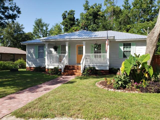 244 11TH ST, APALACHICOLA, FL 32320 (MLS #302310) :: Anchor Realty Florida