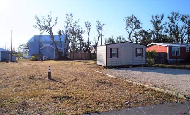 108 29TH ST, MEXICO BEACH, FL 32456 (MLS #302895) :: Berkshire Hathaway HomeServices Beach Properties of Florida