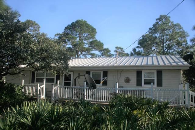808 W Pine Ave, ST. GEORGE ISLAND, FL 32328 (MLS #303231) :: Coastal Realty Group