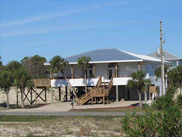 541 W Gulf Beach Dr, ST. GEORGE ISLAND, FL 32328 (MLS #303234) :: Berkshire Hathaway HomeServices Beach Properties of Florida