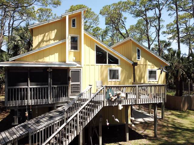 649 E Pine Ave, ST. GEORGE ISLAND, FL 32328 (MLS #303478) :: Berkshire Hathaway HomeServices Beach Properties of Florida