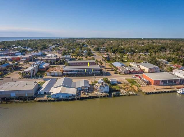 236B Water St, APALACHICOLA, FL 32320 (MLS #303533) :: Berkshire Hathaway HomeServices Beach Properties of Florida