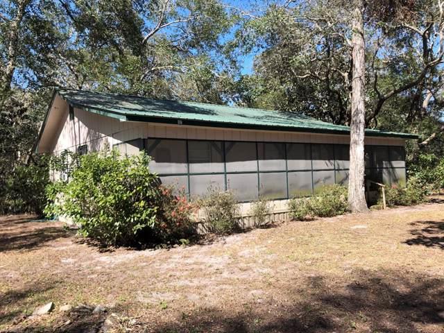 401 11TH ST, CARRABELLE, FL 32322 (MLS #303701) :: Berkshire Hathaway HomeServices Beach Properties of Florida