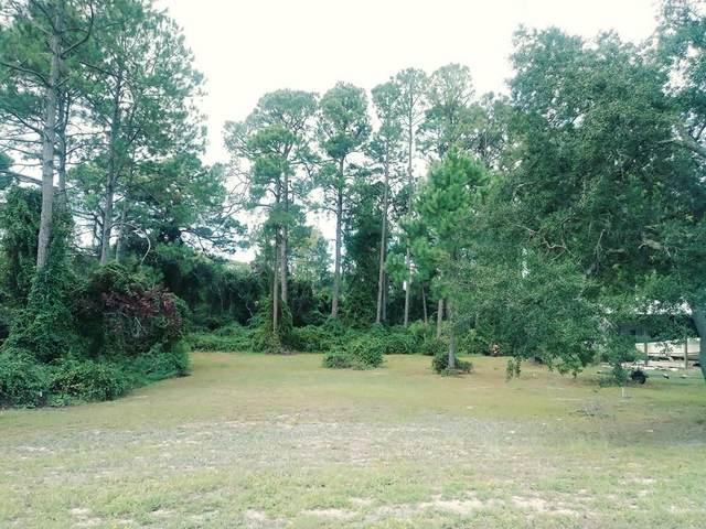 209 12TH ST, CARRABELLE, FL 32322 (MLS #303907) :: The Naumann Group Real Estate, Coastal Office