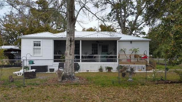50 17TH ST, APALACHICOLA, FL 32320 (MLS #304149) :: Berkshire Hathaway HomeServices Beach Properties of Florida