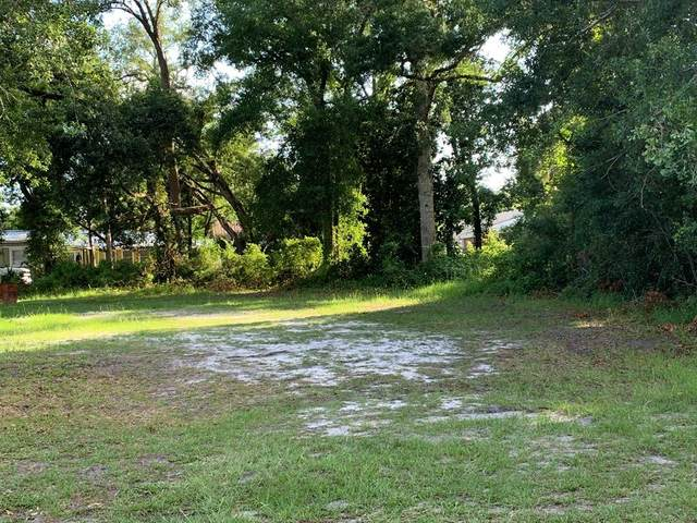 216 15TH ST, APALACHICOLA, FL 32320 (MLS #304891) :: Berkshire Hathaway HomeServices Beach Properties of Florida