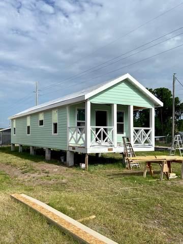 1642 Landing St, CARRABELLE, FL 32322 (MLS #305196) :: The Naumann Group Real Estate, Coastal Office