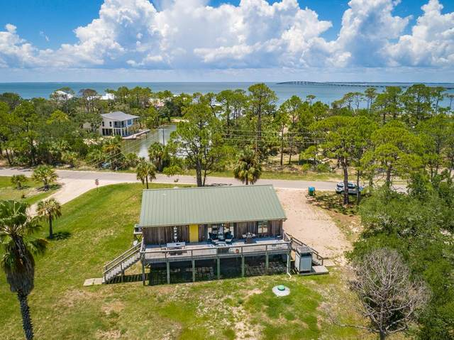 324 W Bayshore Dr, ST. GEORGE ISLAND, FL 32328 (MLS #305275) :: Berkshire Hathaway HomeServices Beach Properties of Florida