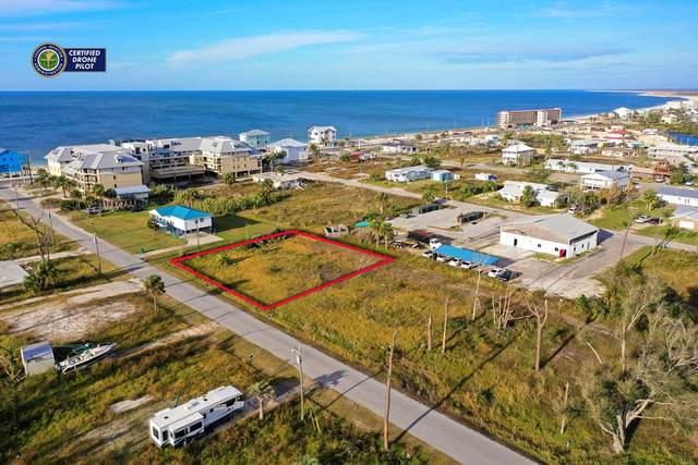 22 13TH ST, MEXICO BEACH, FL 32456 (MLS #306217) :: Berkshire Hathaway HomeServices Beach Properties of Florida