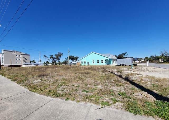 101 35TH ST, MEXICO BEACH, FL 32456 (MLS #306327) :: Berkshire Hathaway HomeServices Beach Properties of Florida