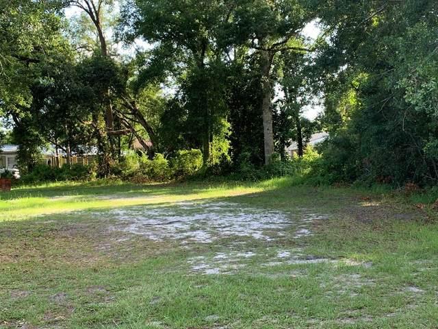 216 15TH ST, APALACHICOLA, FL 32320 (MLS #306598) :: The Naumann Group Real Estate, Coastal Office