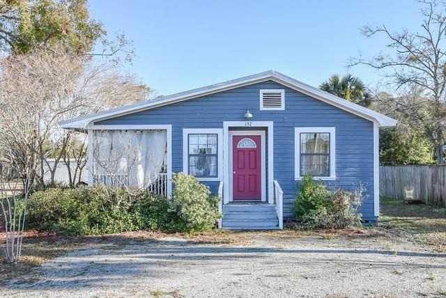 137 10TH ST, APALACHICOLA, FL 32320 (MLS #306613) :: The Naumann Group Real Estate, Coastal Office