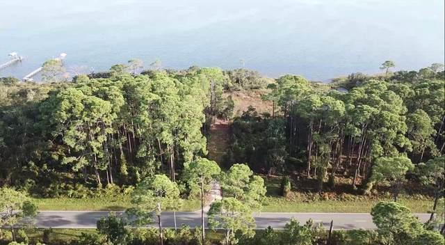 2728 Hwy 98 E, Lanark Village, FL 32322 (MLS #306615) :: The Naumann Group Real Estate, Coastal Office