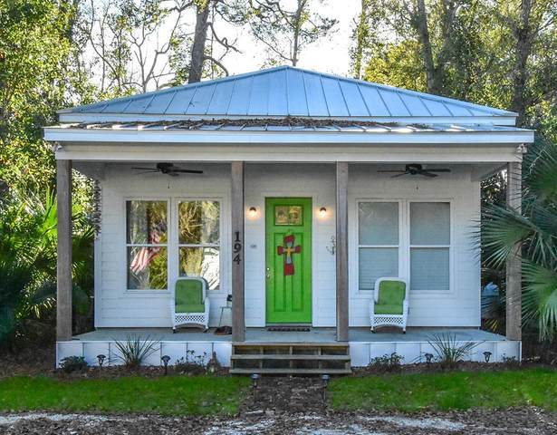 194 11TH ST, APALACHICOLA, FL 32320 (MLS #306817) :: Berkshire Hathaway HomeServices Beach Properties of Florida