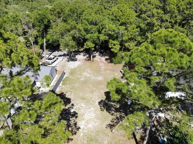 370 21ST AVE, APALACHICOLA, FL 32320 (MLS #306908) :: Berkshire Hathaway HomeServices Beach Properties of Florida