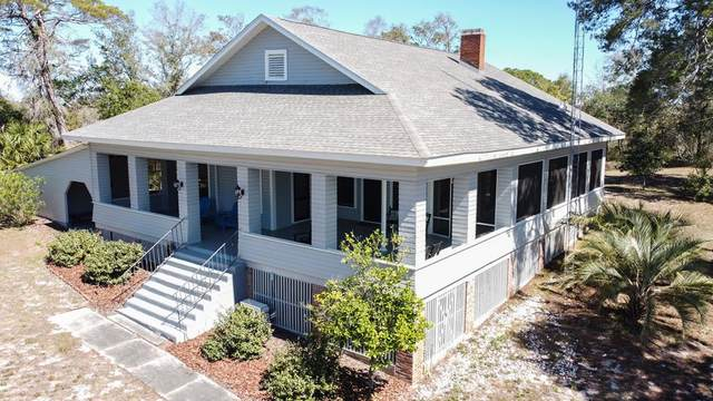 408 Marine St, CARRABELLE, FL 32322 (MLS #307512) :: The Naumann Group Real Estate, Coastal Office