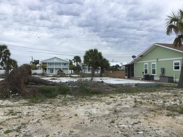 108 C S 40TH ST, MEXICO BEACH, FL 32456 (MLS #307566) :: Berkshire Hathaway HomeServices Beach Properties of Florida