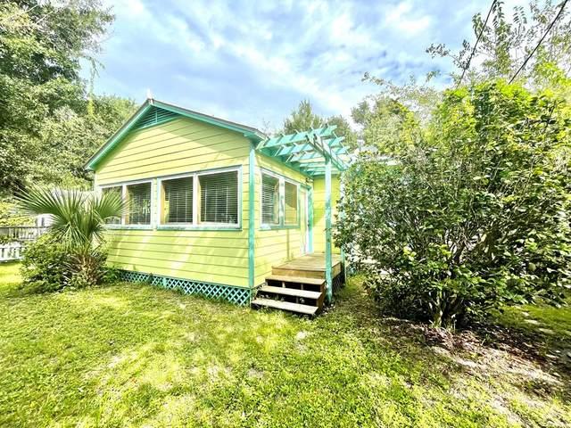 257 Hwy 98, APALACHICOLA, FL 32320 (MLS #308754) :: The Naumann Group Real Estate, Coastal Office